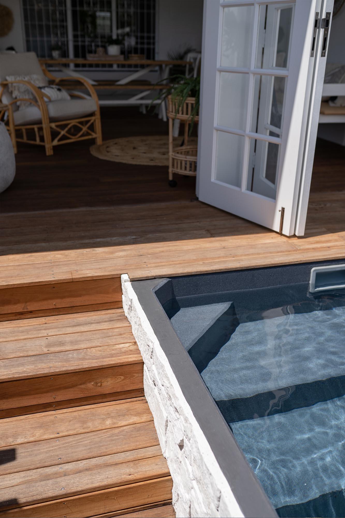 3.6m x 2.2m Plungie Studio stair detail - Mediterranean Blue