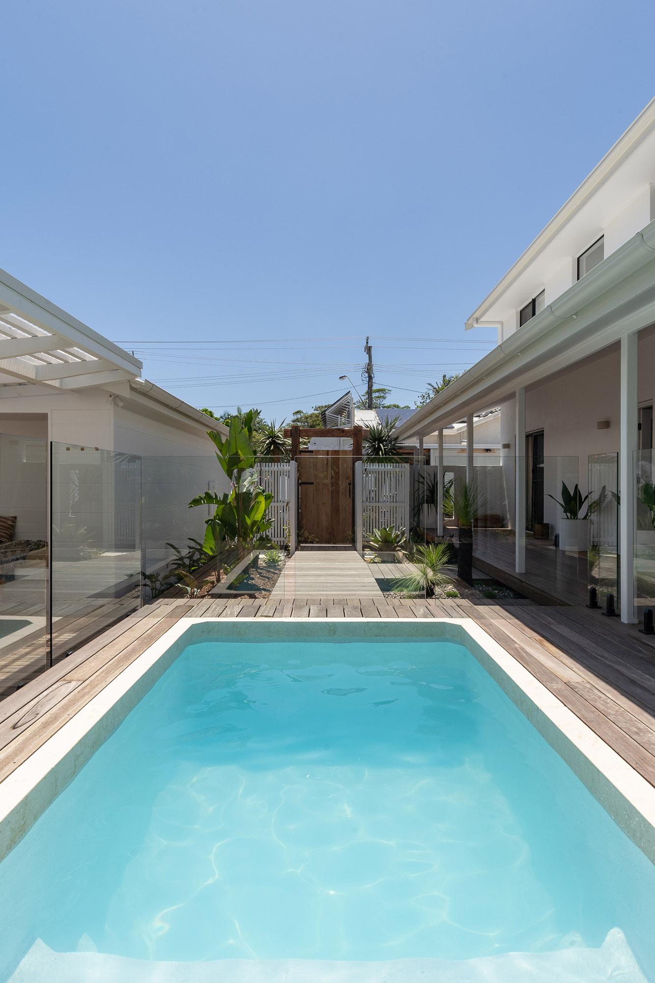 Byron Bay Villa General's 3.6m x 2.2m Plungie Studio Concrete Plunge Pool in Kona Coast